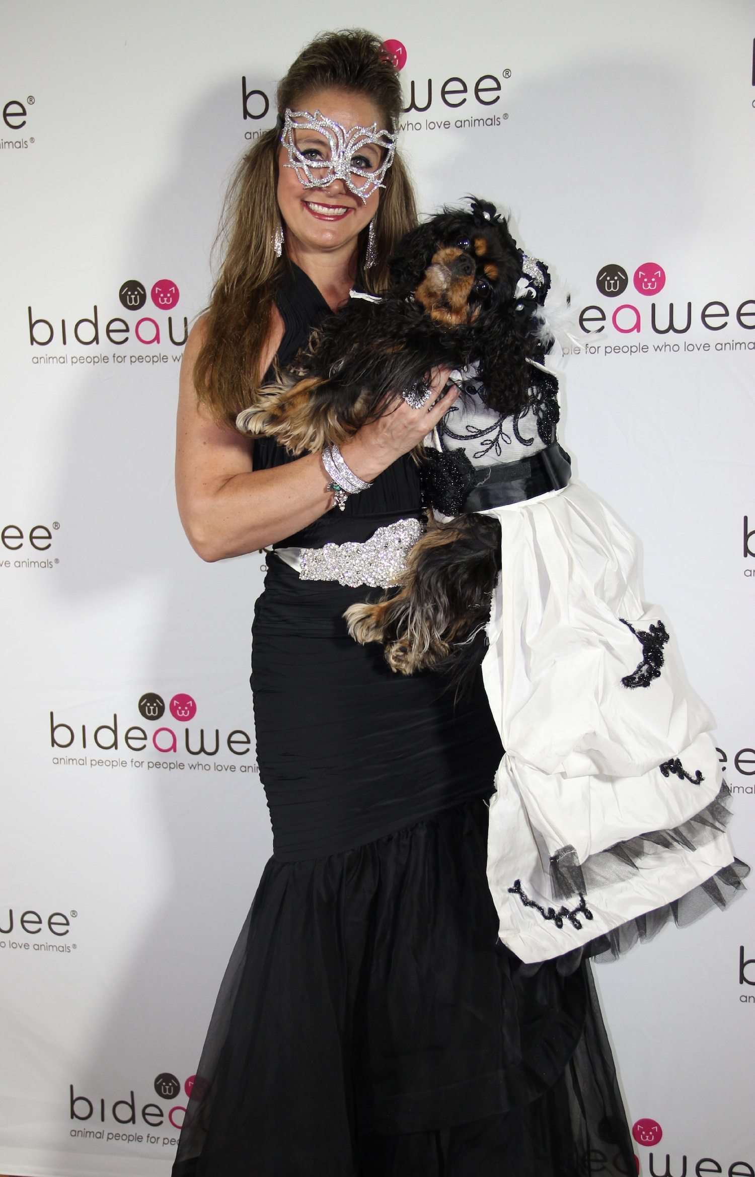 The Bideawee Ball Red Carpet Meets Rescues Where Education Is The Key Bark And Swagger